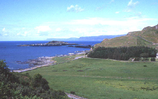 Easdale from approach road