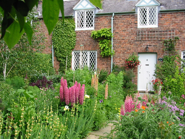 Cottage and garden, Dodleston