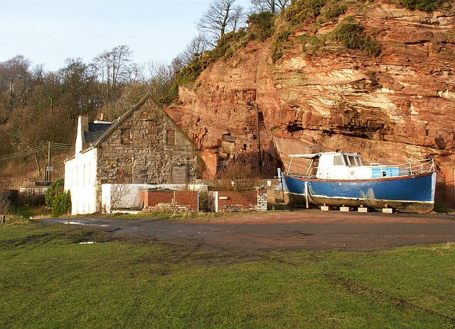 Building & Boat, West Wemyss