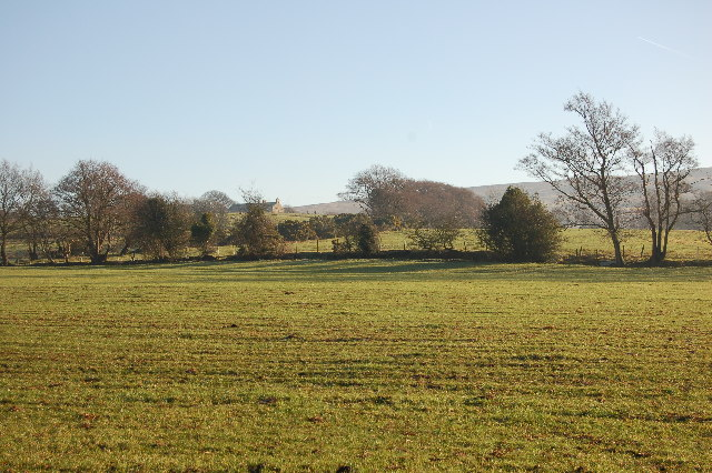 Looking up to Taylors Farm.