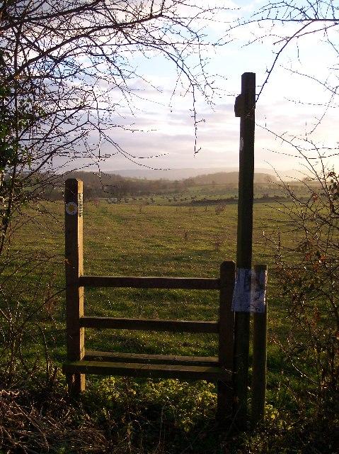 Footpath to Upper Eggleton