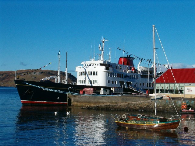 MV Hebridean Princess at the North Pier