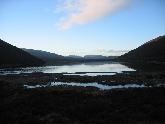 Looking SW over Loch Cuaich towards the Drumochters