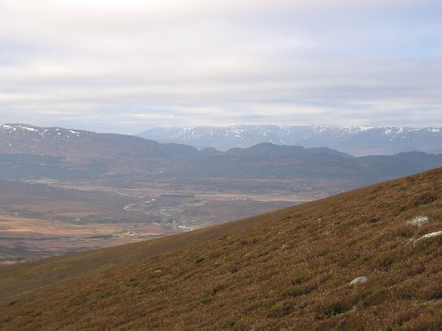 Looking to Creag Meagaidh from the slopes of Meall Chuaich