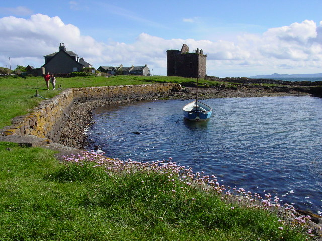 The harbour by Portencross Castle