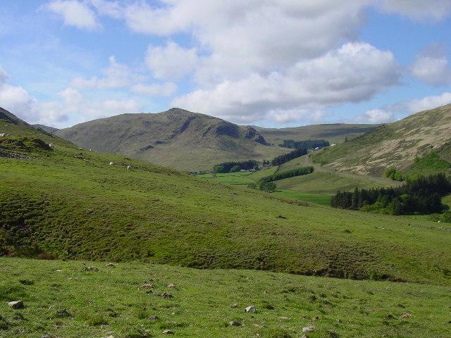 Craigbraneoch Rig seen from the path above Blackcraig Farm
