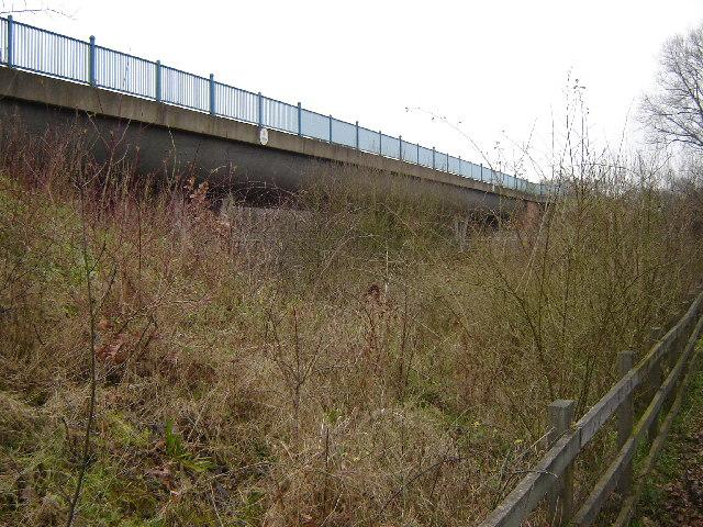 Aqueduct across the A331