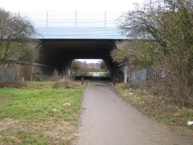 Luton: M1 Motorway bridge