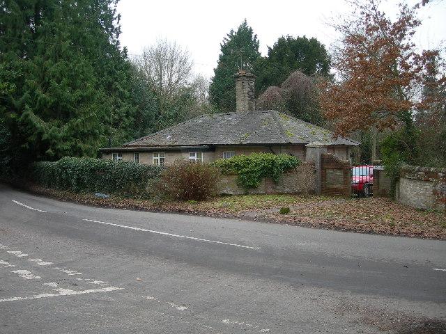 Longford Castle Gate Lodge