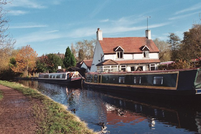 Canal at  Giggetty  in Wombourne