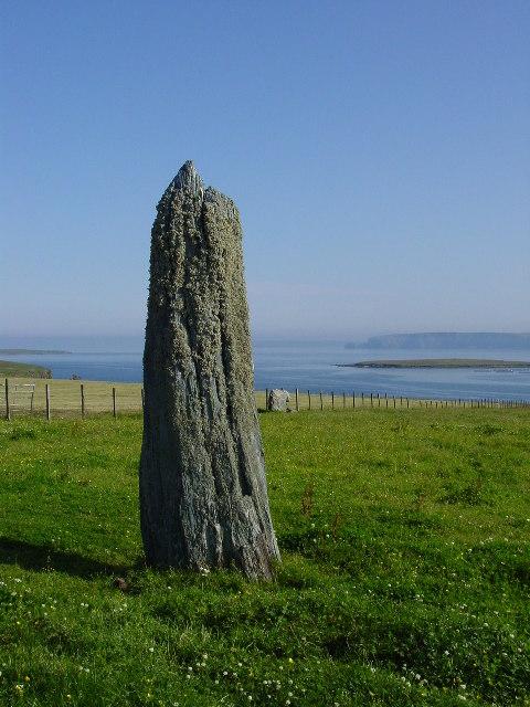 Standing stone near Clivocast