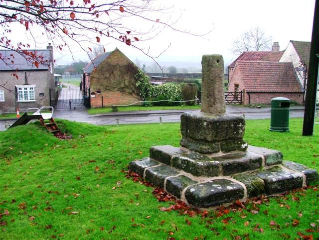 Village Green and Cross, Upper Broughton