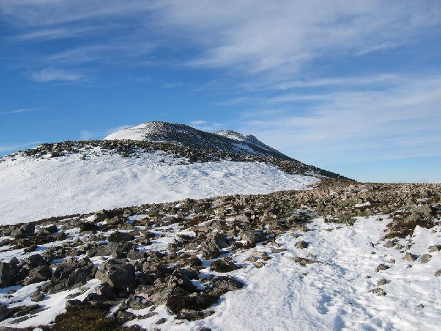 Approaching the top of Schiehallion