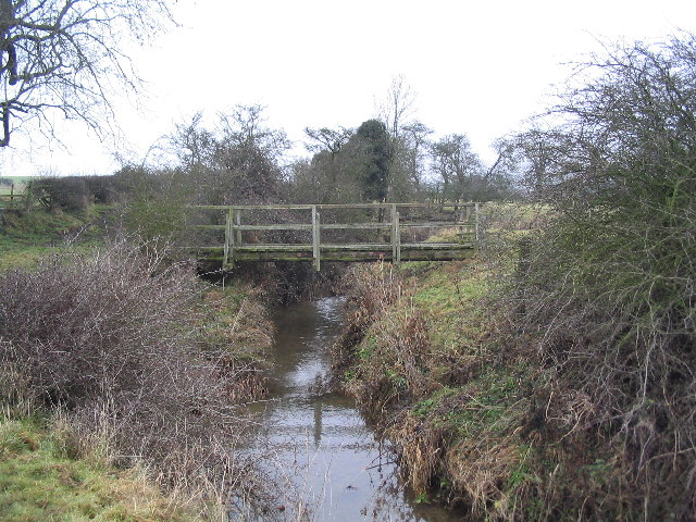 Footbridge over the West Glen, near Burton-le-Coggles