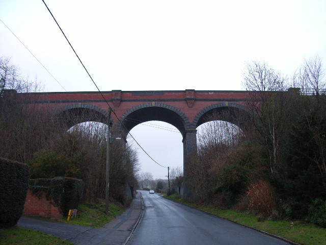 Viaduct over Rayners Avenue, High Wycombe