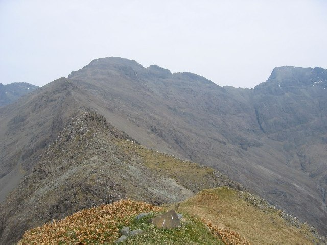 Looking east to Sgurr na Banachdich
