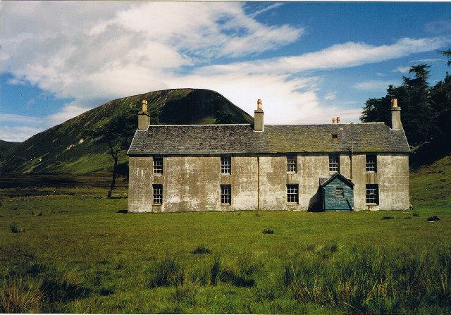 Sronphadruig Lodge