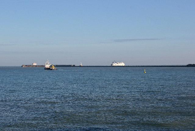 Central Breakwater, Dover Harbour