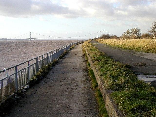 Humber Footpath
