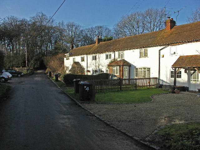Cottages in Beacon's Bottom