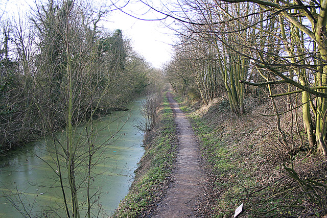 The Grantham Canal looking West