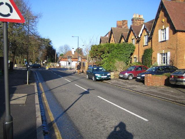 Harrow Weald: Kenton Lane