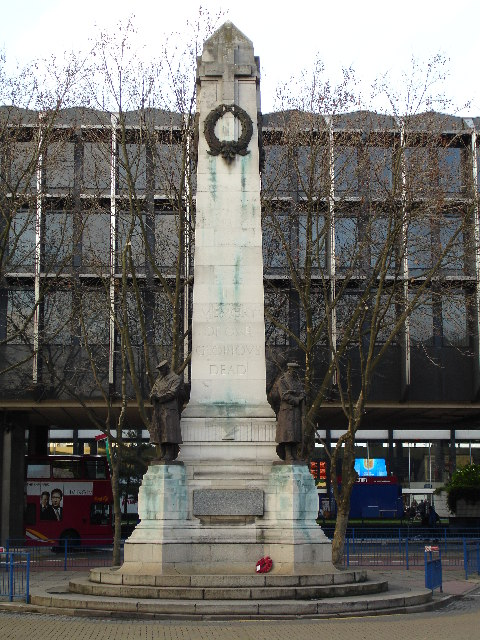 War Memorial at entrance to Euston Station