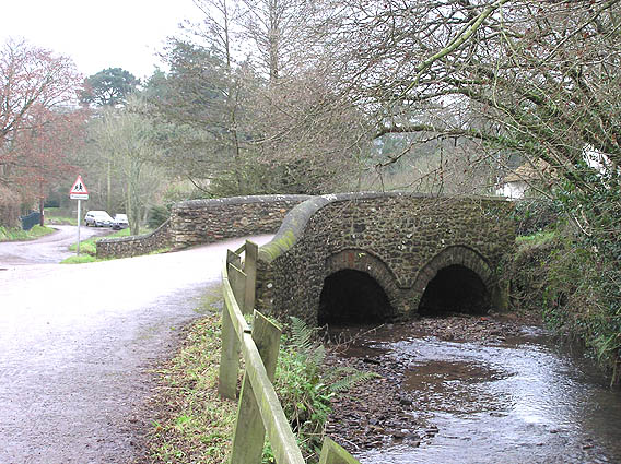 Broadhembury, bridge over the River Tale