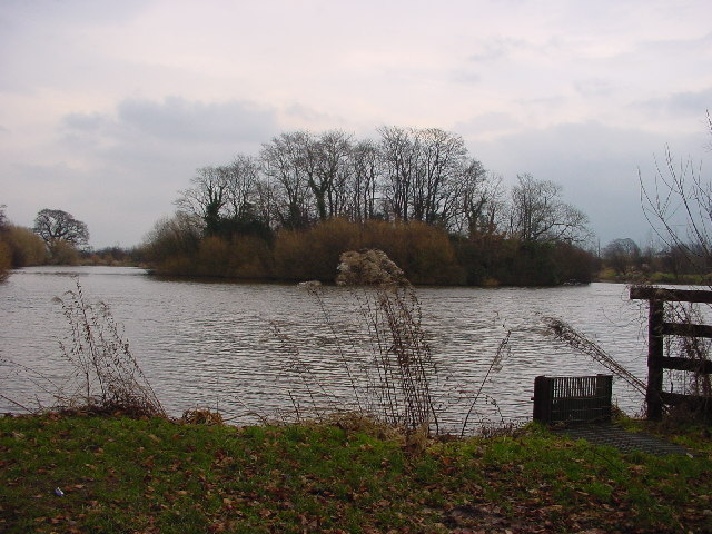 Crofton Lake