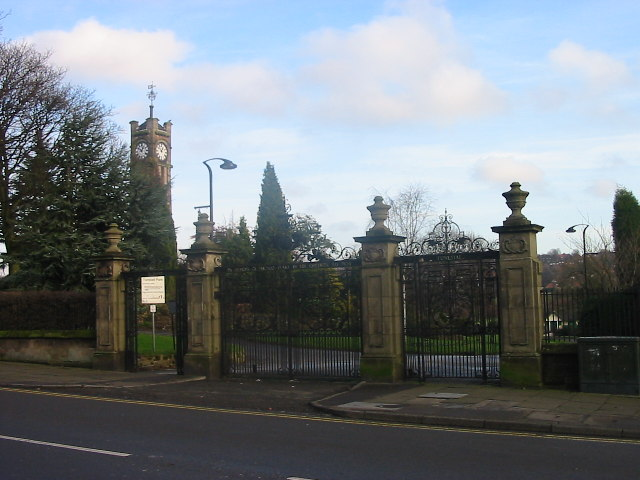 Tunstall Park Gates