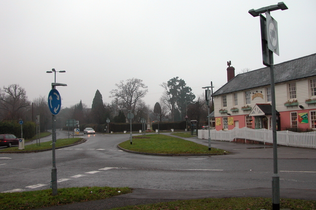 Pub and road junction, Rowlands Castle