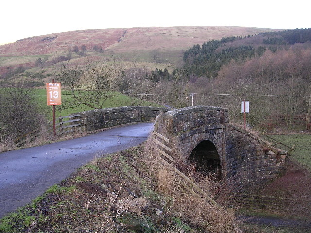 Bridge to Craigend Farm over Disused Railway