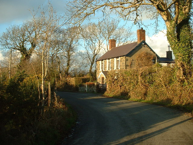 Country Cottage near Efailnewydd