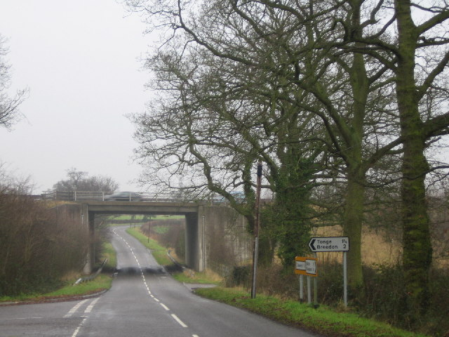A42(T) bridge over minor road