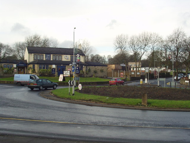 The Old Ball Roundabout, Horsforth