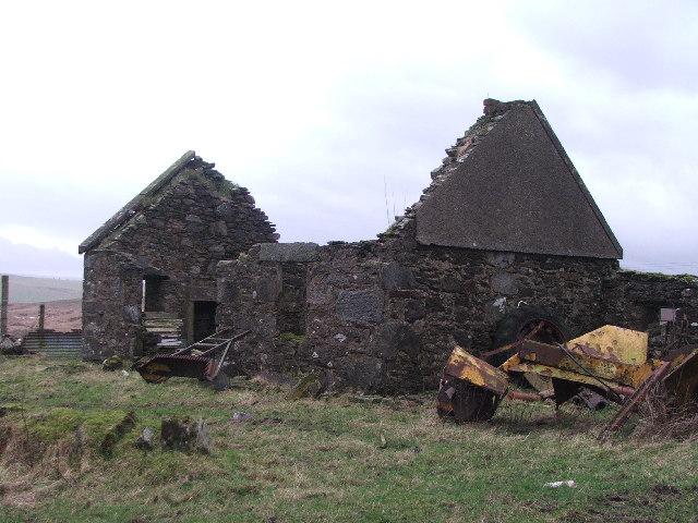 Derelict building at Skeroblingarry.
