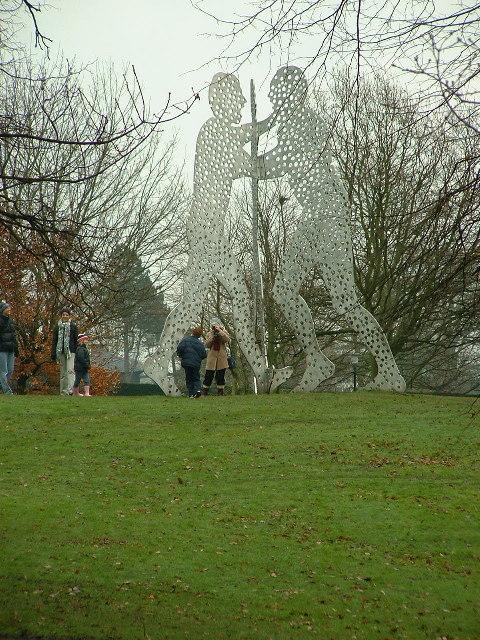 Molecule Man 1+1+1, Yorkshire Sculpture Park