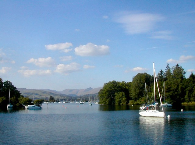 Cruising on Windermere