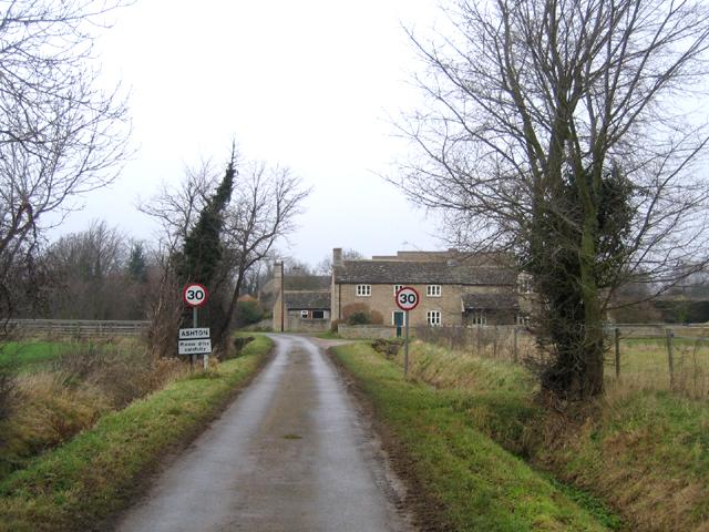 Approach to Ashton, Peterborough