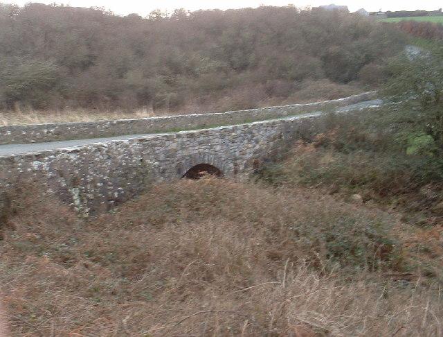 Bridge over Afon Cyllyfelin