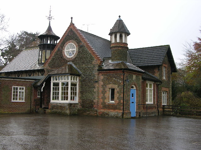 Sandringham and West Newton Church of England Primary School