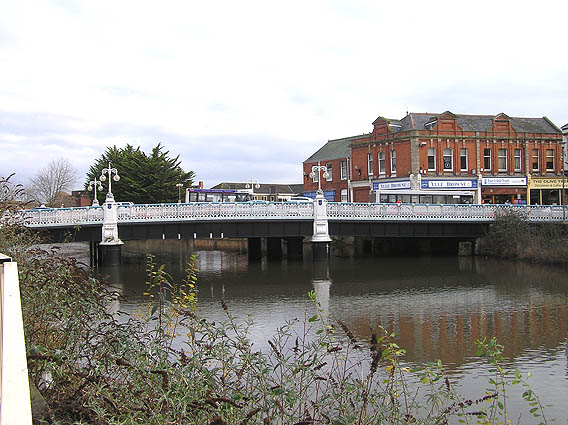 Main bridge over River Tone, Taunton