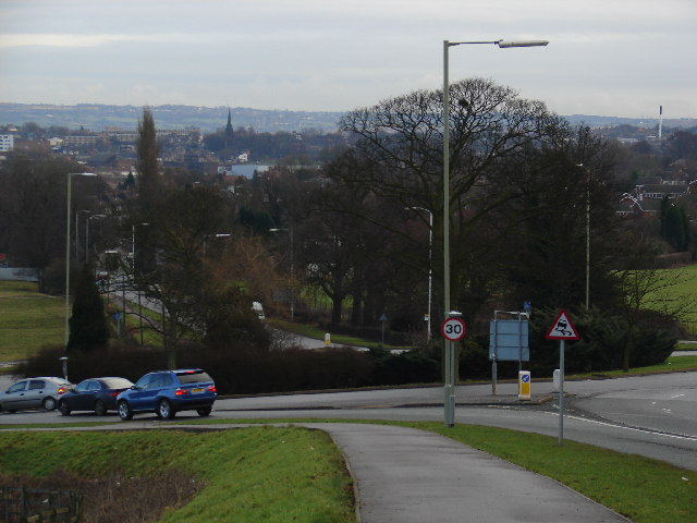 Roundabout on the A525