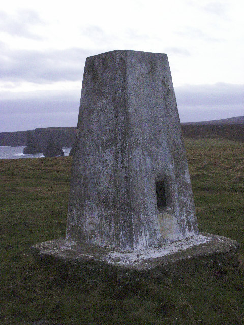 Triangulation pillar, Duncansby Head