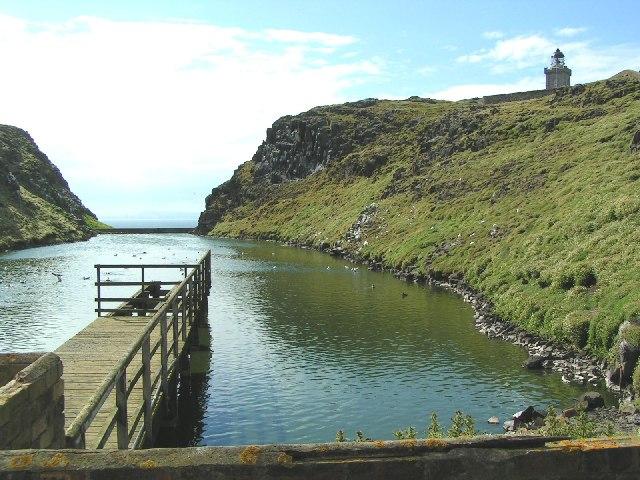 May Isle loch