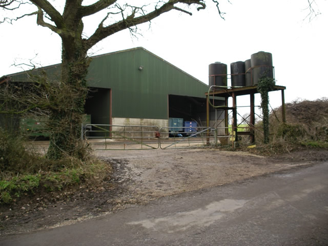 Farm buildings near Little Somborne