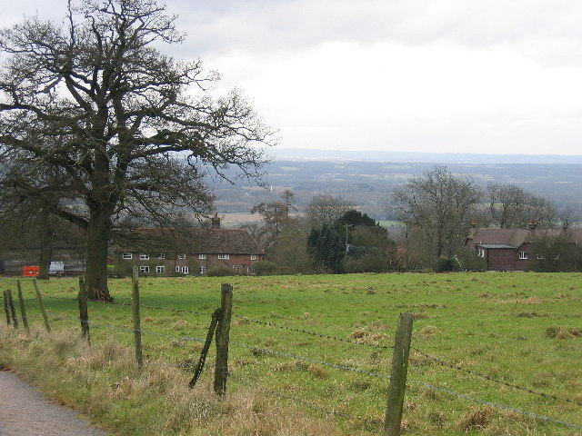 Anstiebury Farm with the Sussex Weald beyond