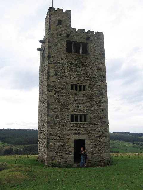 Tower between Sugworth Hall and Strines Reservoir