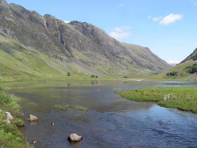 Loch Achtriochtan in Glencoe