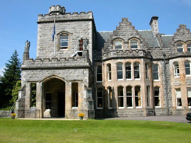 Main entrance Inverlochy Castle.